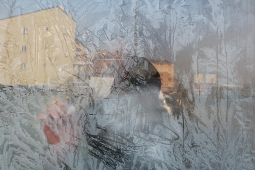 Ağrı buz kesti, araçların altına ateş yakıldı galerisi resim 3