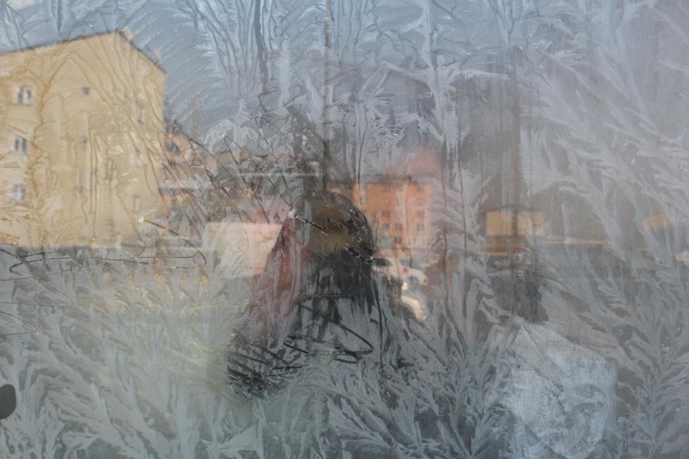 Ağrı buz kesti, araçların altına ateş yakıldı galerisi resim 4
