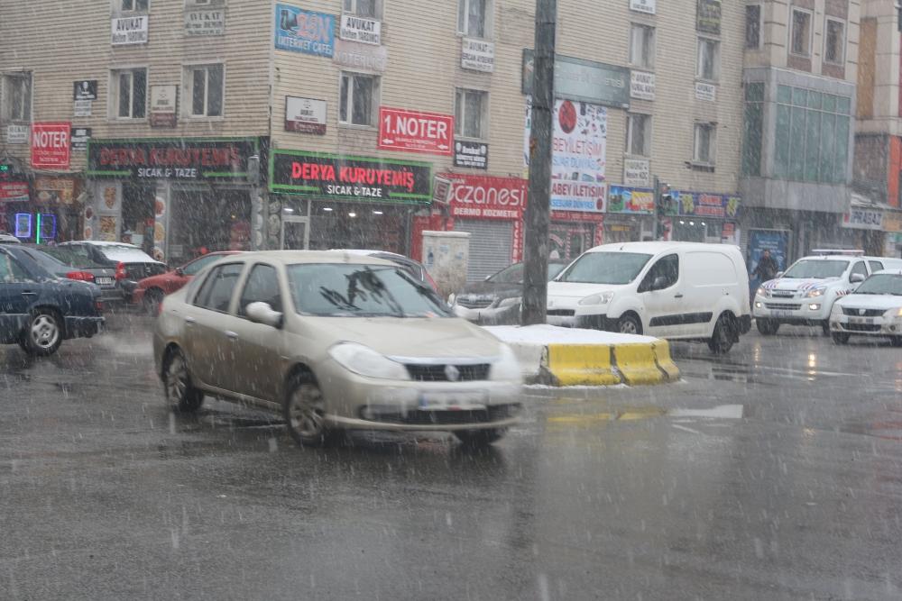 Ağrı'da kar yağışı etkili oluyor galerisi resim 10