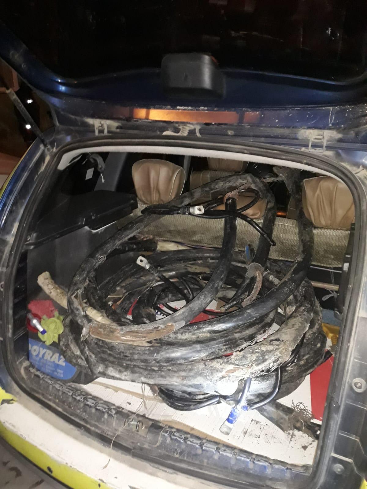 Ağrı'da hırsızlık şüphelisi 4 kişi gözaltına alındı