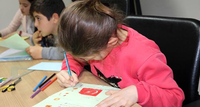 Öğrencilerden Mehmetçiğe anlamlı mektup