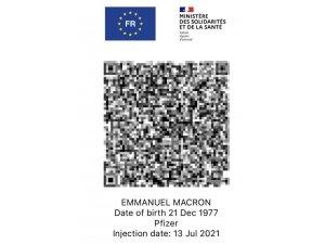 Macron'un Covid-19 sağlık kartı sosyal medyaya sızdı