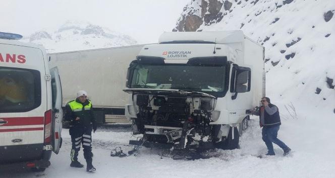 Eleşkirt'te kaza: 1 yaralı