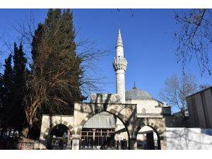 Süleymaniye Camii tarihi dokusuyla öne çıkıyor