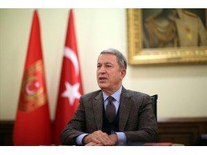 Milli Savunma Bakanı Hulusi Akar o mektubu değerlendirdi