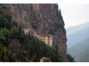 Sümela Manastırı'nı son 1 ayda yaklaşık 50 bin kişi ziyaret etti
