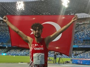 Üniversite Yaz Oyunları'nda Türkiye'nin ilk madalyasını aldı