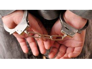 Şişli'de ticari taksi gasp eden suç makinesi tutuklandı
