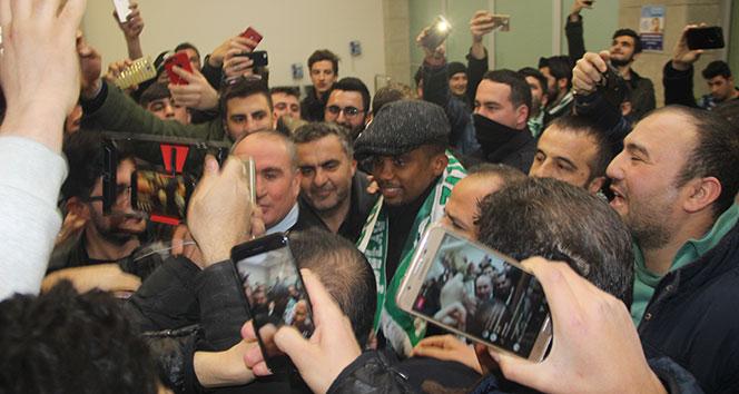 Konya Spor dünya yıldızını transfer etti
