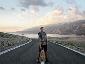 4 yıldır dünyayı yürüyerek dolaşan Amerikalı İstanbul'da