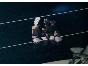 Didim' de 8 düzensiz göçmen yakalandı