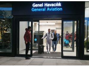 Galatasaray, İstanbul'a döndü