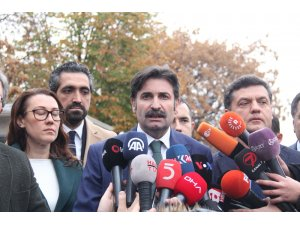 Davutoğlu'nun partisinin kuruluş dilekçesi İçişleri Bakanlığına sunuldu