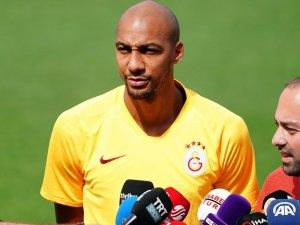 Galatasaray'da Nzonzi kadro dışı
