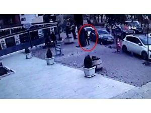 Ölüm onu cadde üzerinde yakaladı