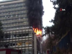 DSİ Genel Müdürlüğü binasında yangın