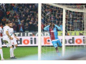 Süper Lig: Trabzonspor: 1 - Yukatel Denizlispor: 2 (Maç sonucu)