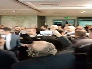İBB Ulaşım Kongresi'nde taksici ve UBER sürücüleri arasında gerginlik
