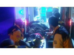 Raydan çıkan tren çekicisi devrildi: 3 yaralı