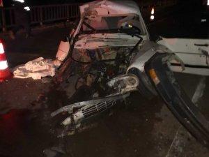 Boyabat'ta trafik kazası: 1 ölü, 1 yaralı