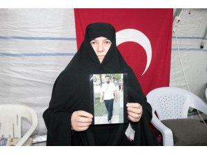 HDP önünde evlat nöbeti tutan ailelerin sayısı 60'a yükseldi