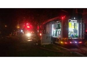 İzmir'de ev yangını: 1 ölü
