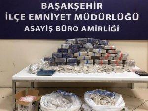 Başakşehir'de uyuşturucu operasyonu: 4 gözaltı
