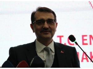 """Bakan Dönmez: """"Türkiye Petrolleri 50 bin varil bandını yakaladı"""""""