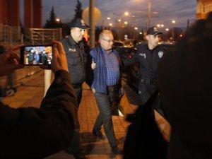 Adalet Komisyonu Başkanı Paça'yı kandırmaya çalışan şahıs gözaltına alındı