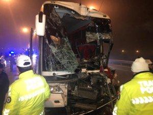 Başkent'te otobüs kazaları: 1'i ağır 11 yaralı