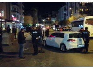 Maltepe'de otomobile kurşun yağdırdılar: 2 yaralı