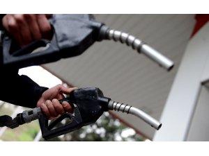 Benzin 7 lirayı aştı