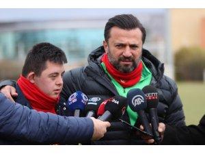 """Bülent Uygun: """"İçerideki tüm maçları kazanmalıyız"""""""