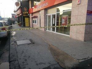 Avcılar'da banka şubesinde soygun girişimi