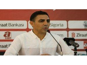 Eskişehirspor'un yeni teknik direktörü Mustafa Özer oldu