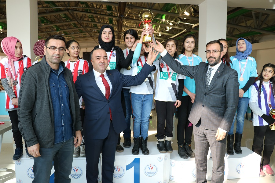 Ağrı'da Dart Turnuvası Sona Erdi