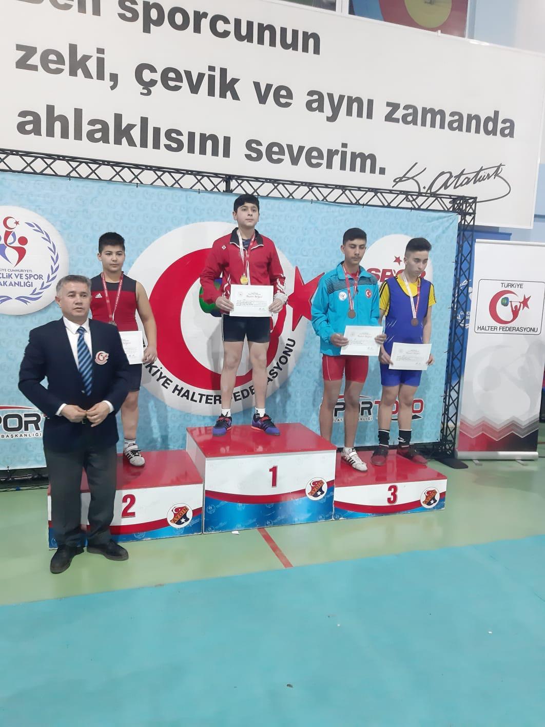 Ağrılı Halterci Türkiye Şampiyonu Oldu
