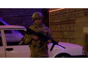 Denizli'de 30 adrese fuhuş baskını: 71 gözaltı