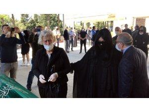 Bülent Ersoy'un annesi son yolculuğuna uğurlanıyor