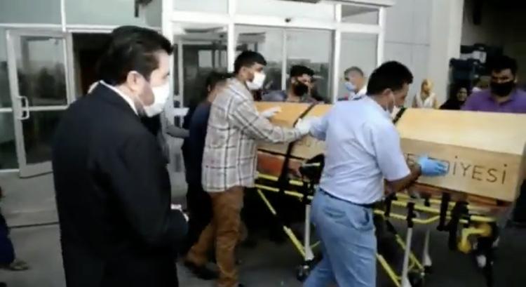 Suriyeli kadının cenazesi, Ağrı Belediyesine ait cenaze aracı ile vatanına gönderildi
