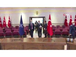 Akar, NATO Genel Sekreteri Jens Stoltenberg ile görüştü
