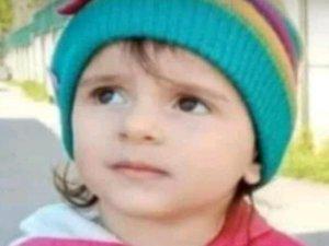 Perde zinciri boğazına dolanan çocuk hayatını kaybetti