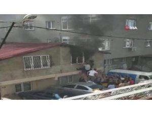 Ataşehir'de yangın çıkan evde can pazarı kamerada