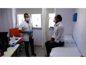 """Korona virüsü yenen doktor: """"İlk defa ölümü hissettim"""""""