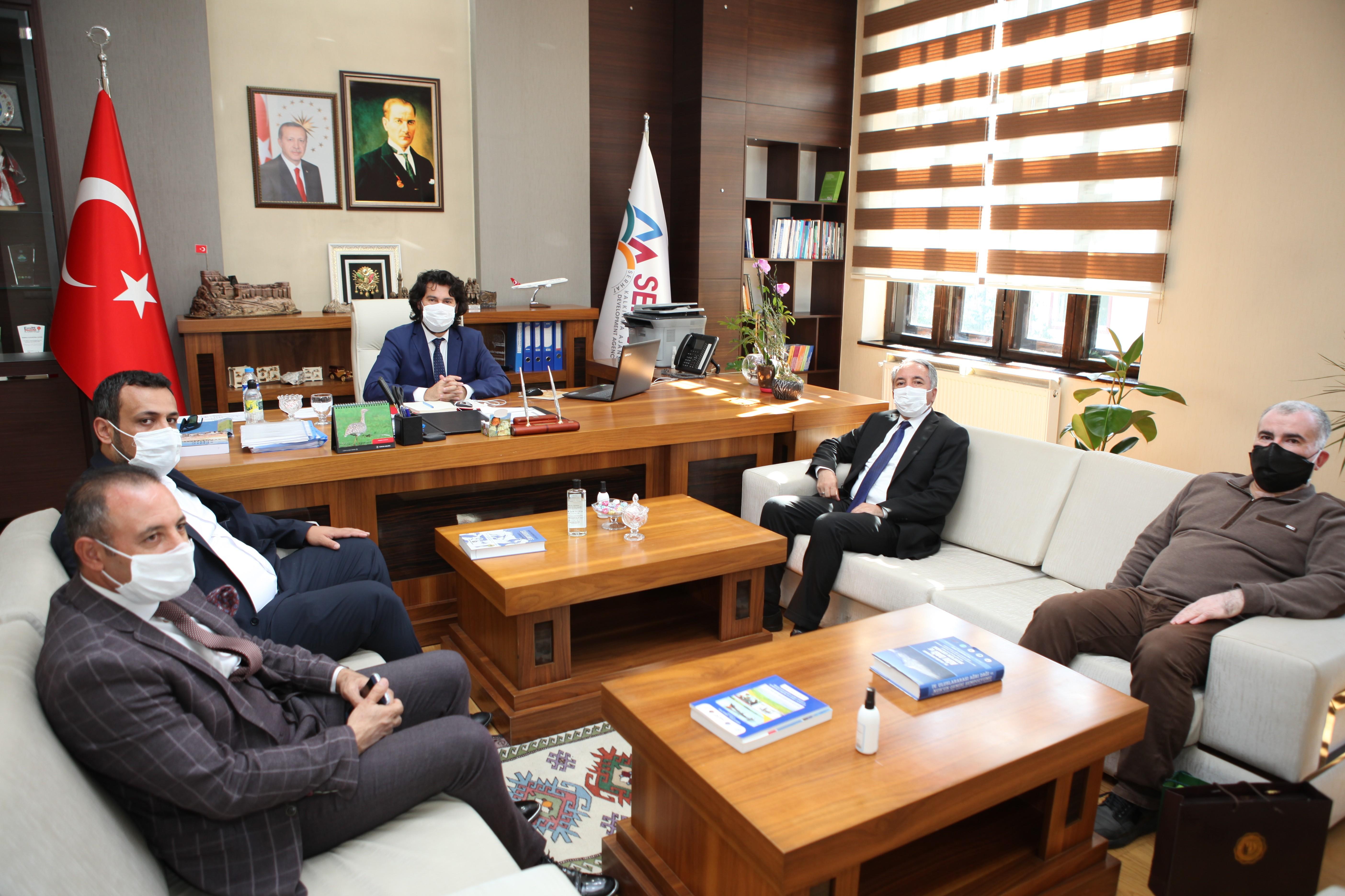 Rektör Karabulut, SERKA Genel Sekreteri Taşdemir'i ziyaret etti ve sözleşme imzaladı