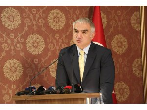 """Bakan Ersoy """"Ankara'nın Başkent Oluşunun 97. Yıl Dönümü"""" etkinliğine katıldı"""