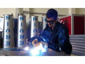 Türkiye'de ilk kez Van'da üretilen 'Dolusavar' cihazına büyük ilgi