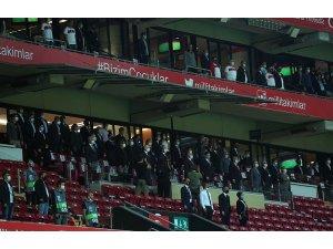 Gençlik ve Spor Bakanı Kasapoğlu, Millileri yalnız bırakmadı