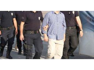 İzmir merkezli FETÖ operasyonunda 29 tutuklama