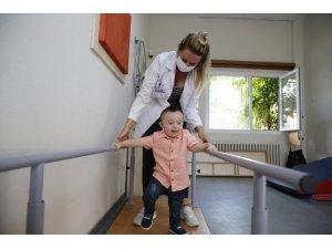 2 yaşındaki Ege'den engelsiz yaşama en büyük adım